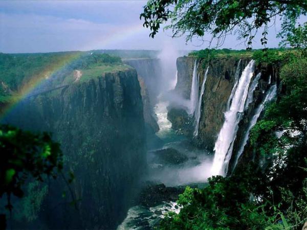 Прикрепленное изображение: victoria_falls_21.jpg